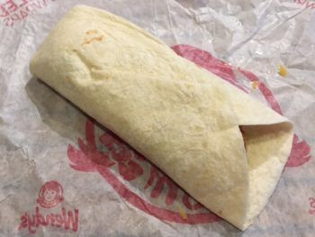 Wendy's Spicy Chicken Wrap Review & Nutrition